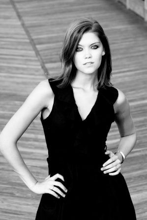 Beautiful Headshot of an actress