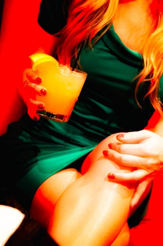 legs-drink