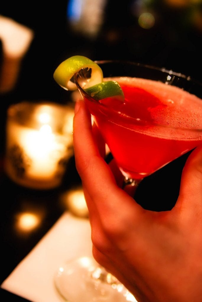 martini-hand